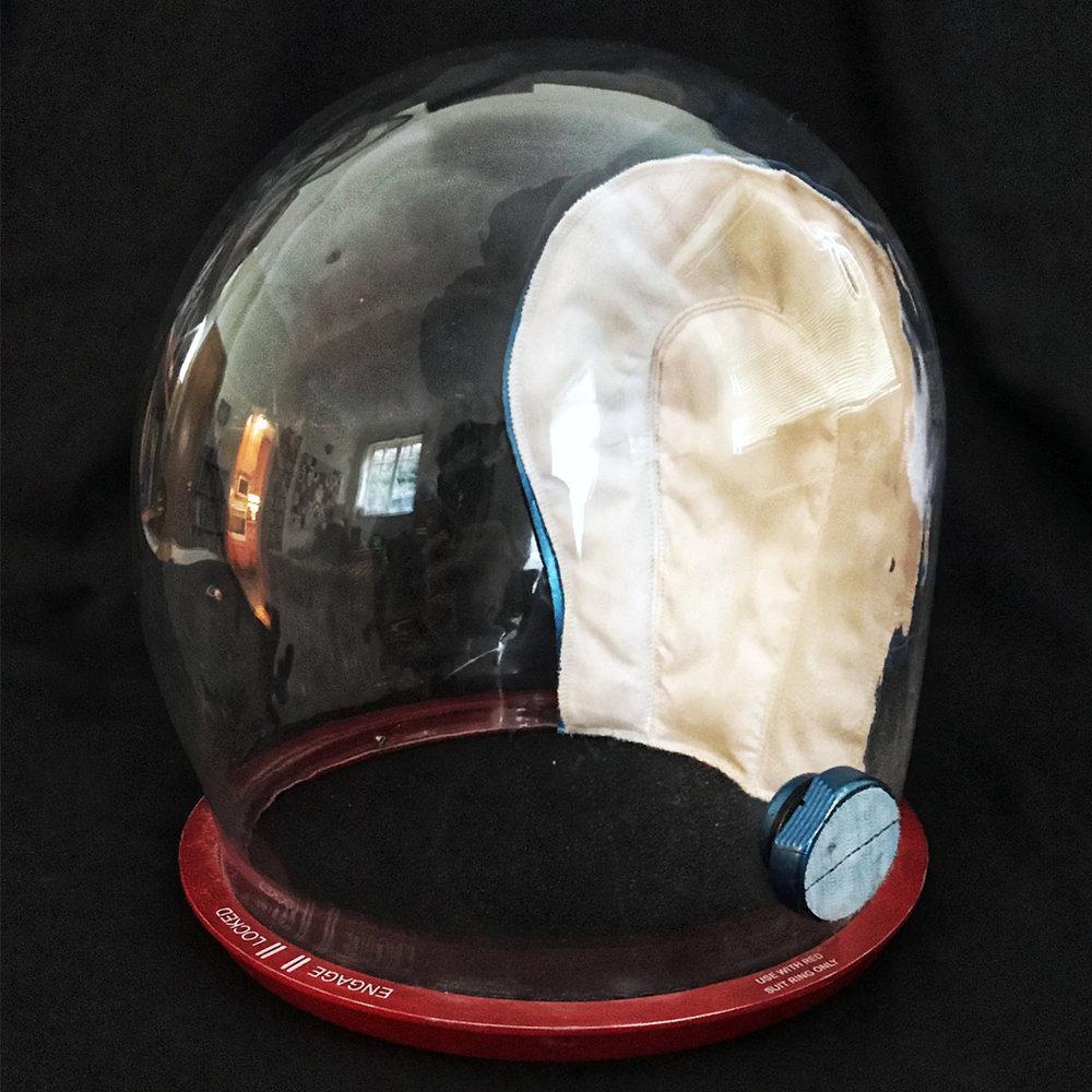 dc-suit-helmet-sq.jpg