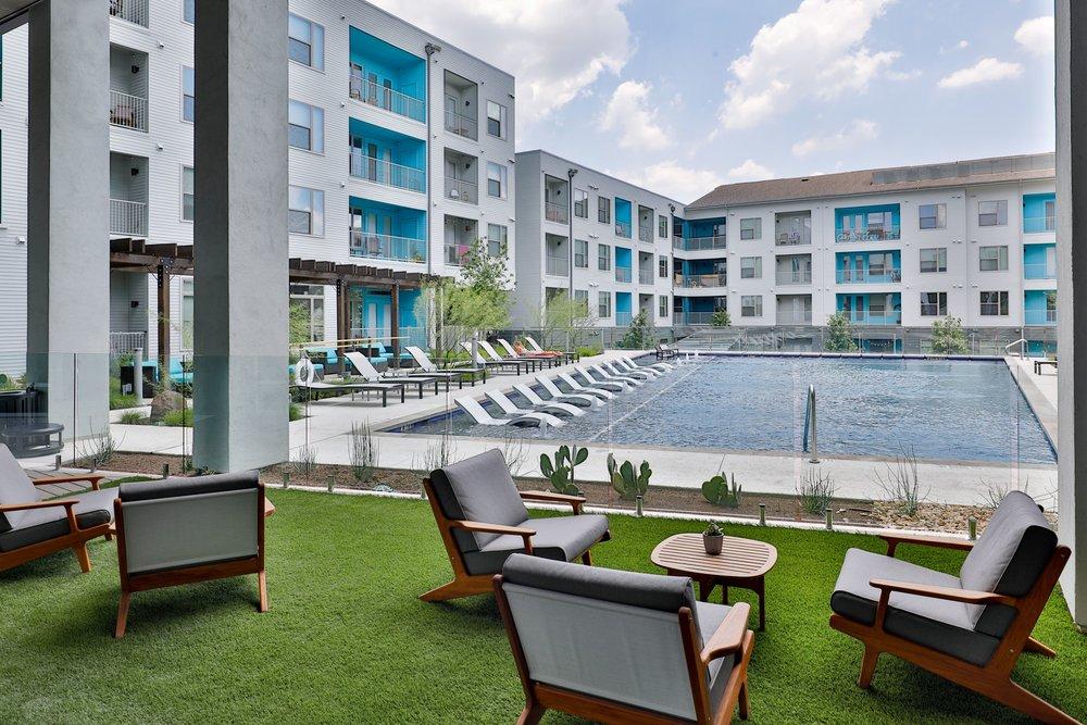 Locale East Austin - 3 Resort-Style Pools