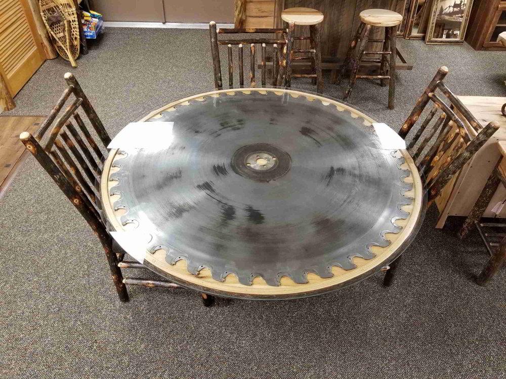 saw table-1.jpg