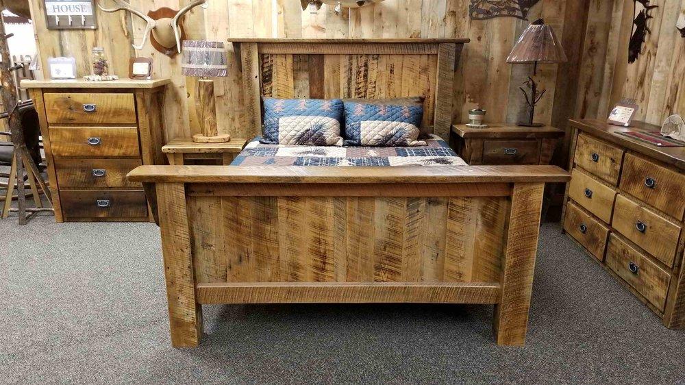 Barnwood Bed-1.jpg