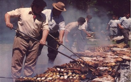 Gauchos-making-Asado-in-the-Pampa-425x266.jpg