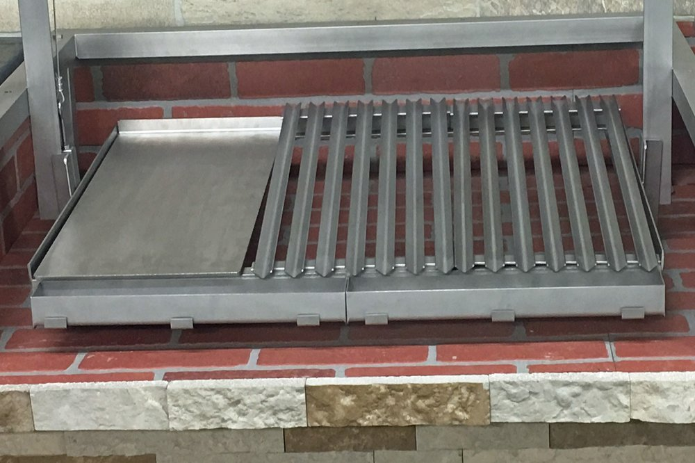 Grill Plates Shown with Optional Griddle Plate
