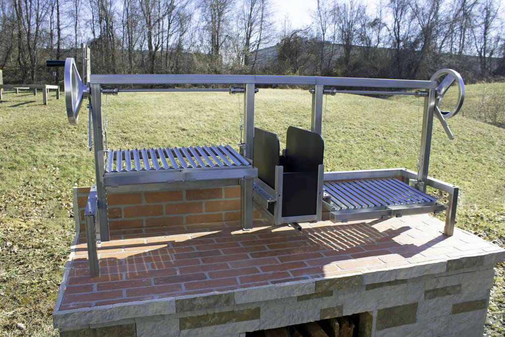 Custom Gaucho Grill Insert with Dual Grill Platforms