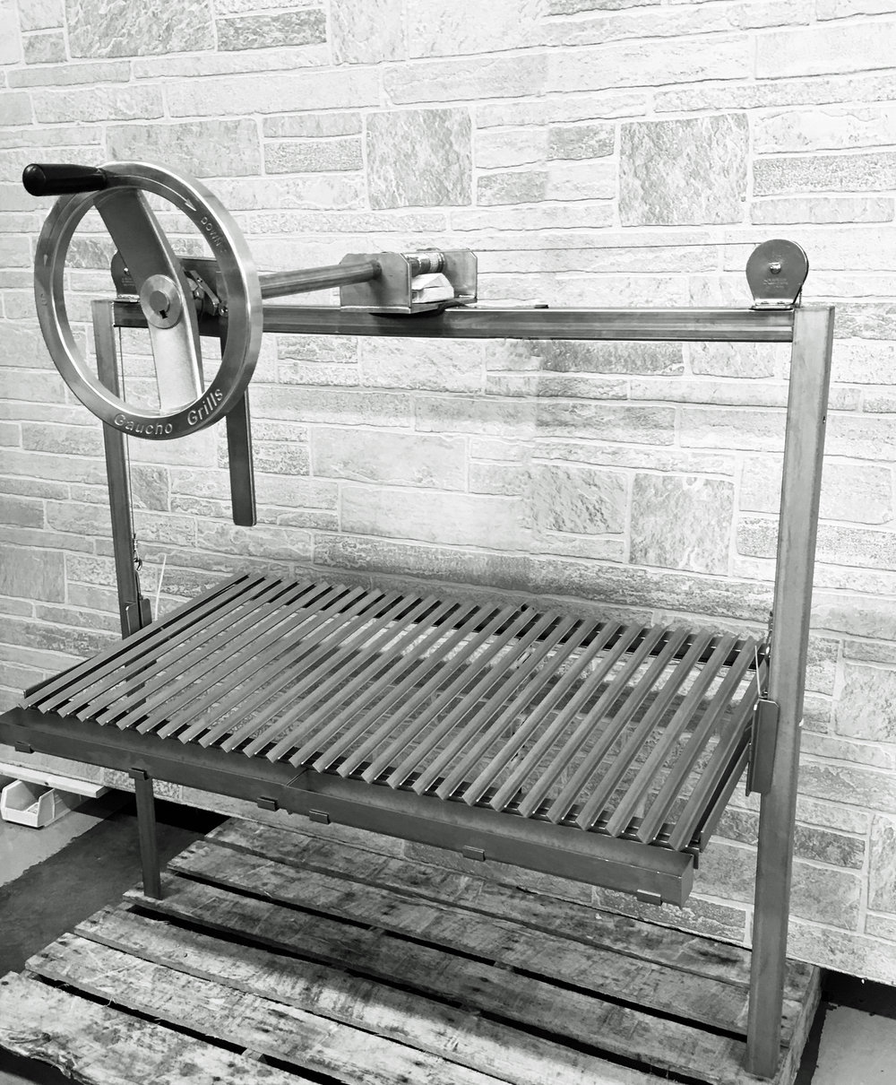 Center Mounted Crank Wheel with Wall Mounted Frame