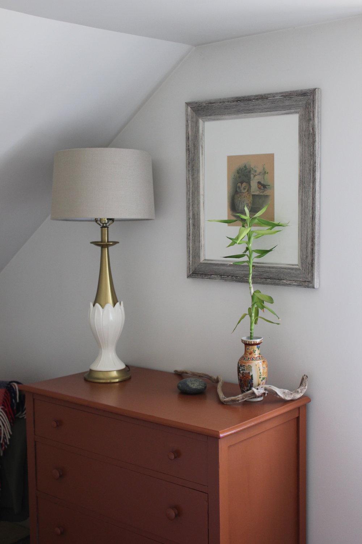 dresser details at plum nelli home rental bedroom washington.JPG