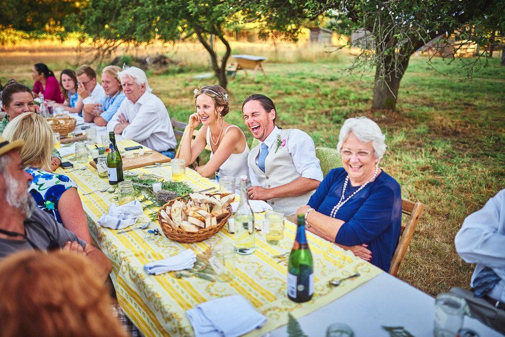 outdoor dinner at plum nelli farm wedding.jpg