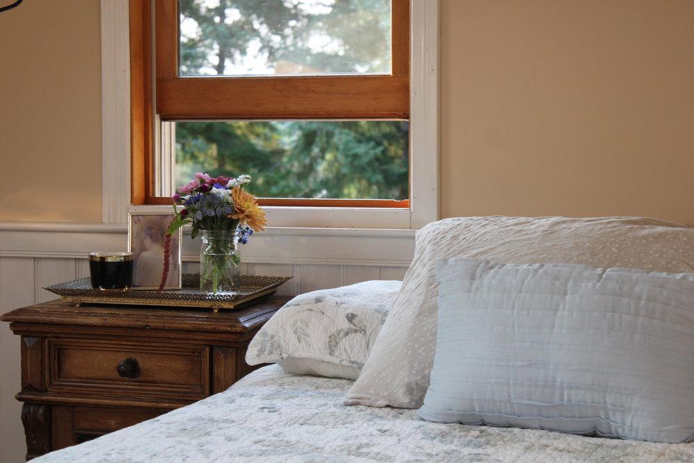 antique bedroom corners in vintage farm house in washington.JPG