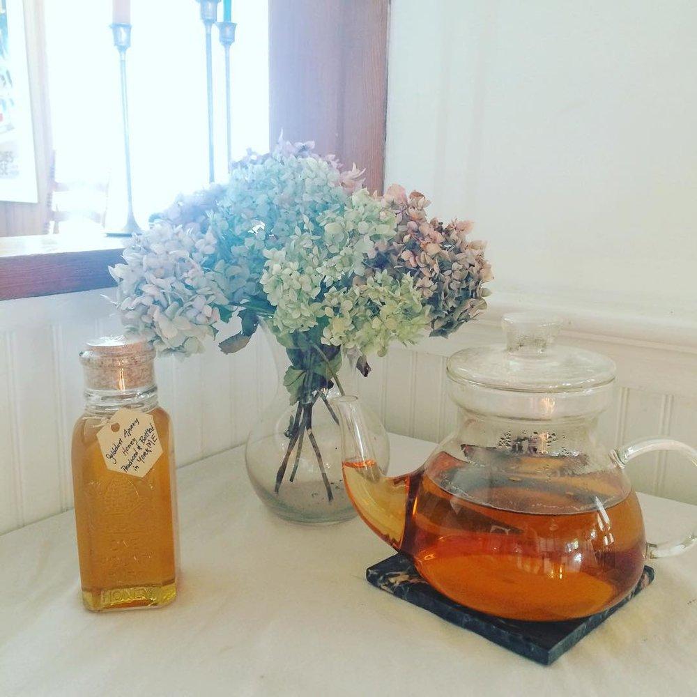 fresh tea and honey with flowers at plum nelli farm washington.jpg
