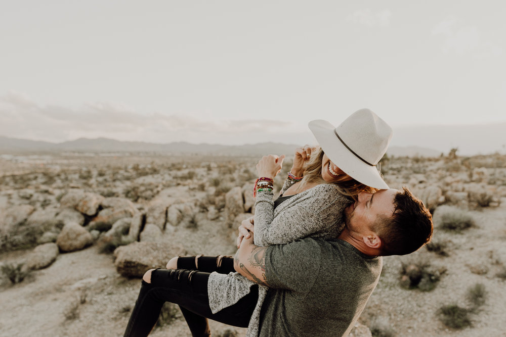 kristen giles photography | joshua tree california - engagement session-34-blog.jpg