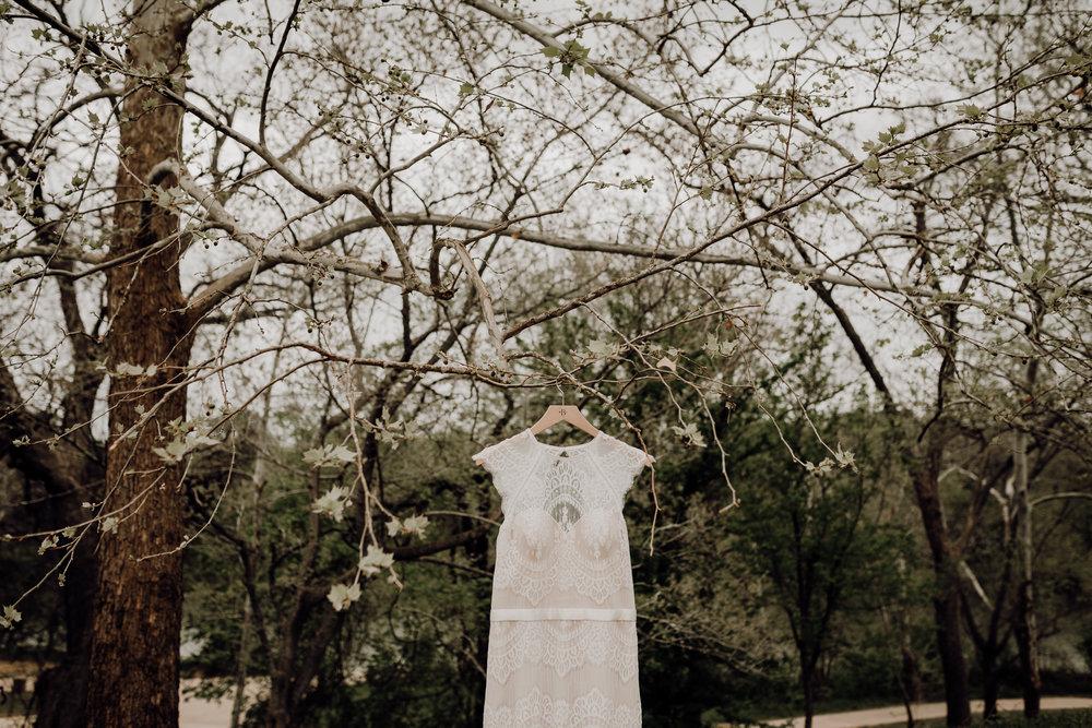 kristen giles photography | texas-wedding-elopement-photographer-Duchman Winery-Austin TX-1-blog.jpg