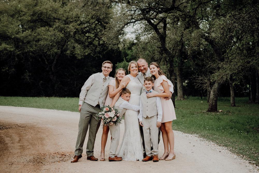 kristen giles photography | texas-wedding-elopement-photographer-Duchman Winery-Austin TX-21-blog.jpg