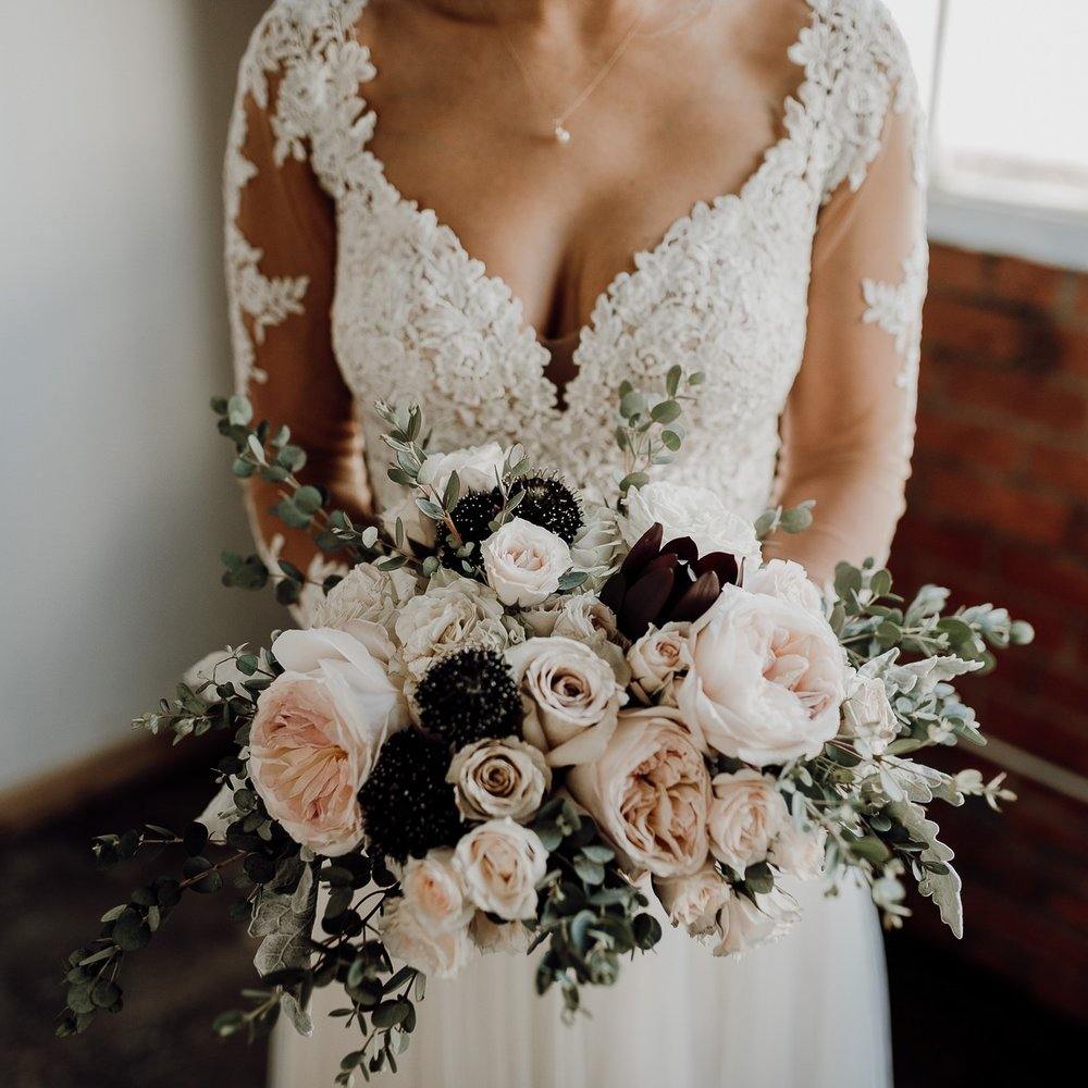 Denton+Texas+Industrial+Romantic+Bride-+Houston+Wedding+Photographer+-Kristen+Giles+Photography-2.jpg