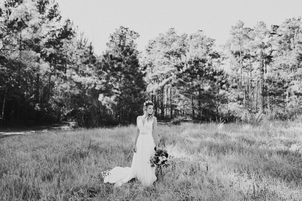 Michelle + Aron-Houston Wedding Photographer-Magnolia Meadows-Winter Wedding | Kristen Giles Photography - 022.jpg