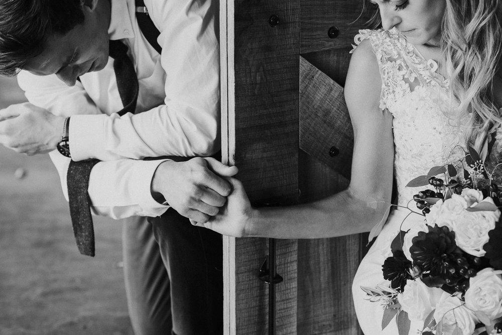 Michelle + Aron-Houston Wedding Photographer-Magnolia Meadows-Winter Wedding | Kristen Giles Photography - 031.jpg