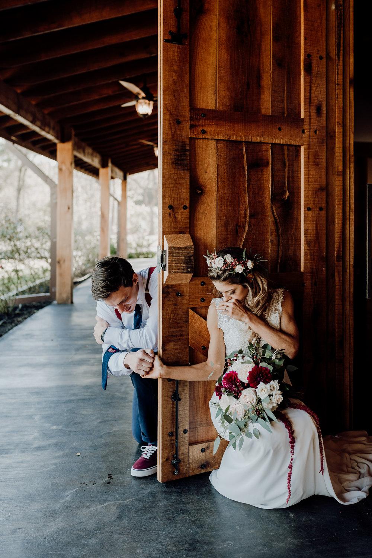 Michelle + Aron-Houston Wedding Photographer-Magnolia Meadows-Winter Wedding | Kristen Giles Photography - 030.jpg