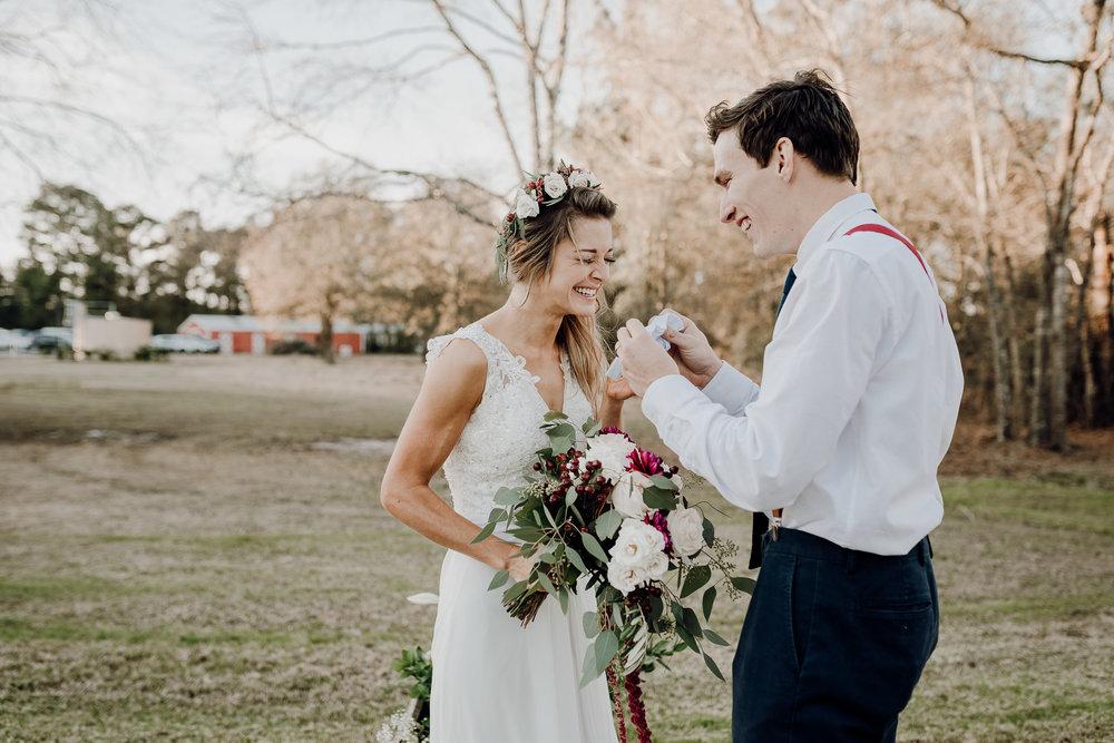 Michelle + Aron-Houston Wedding Photographer-Magnolia Meadows-Winter Wedding | Kristen Giles Photography - 052.jpg