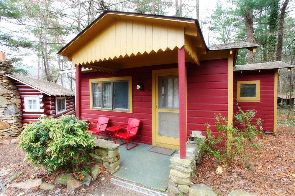 cottage2exterior.jpg.1024x0.jpg