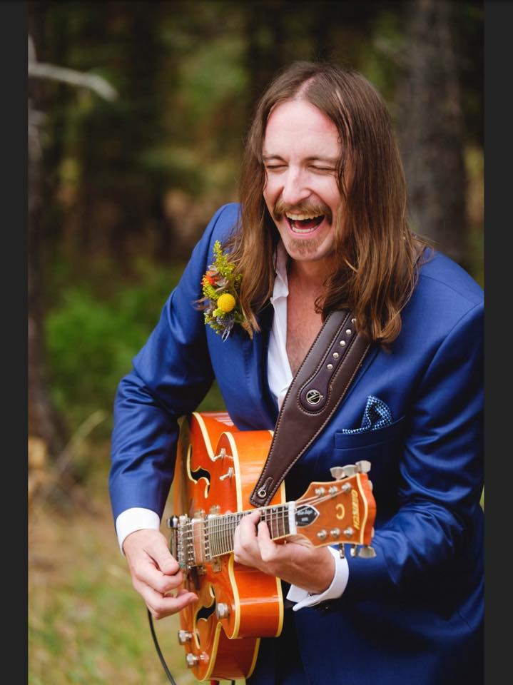 weddingguitar.jpg