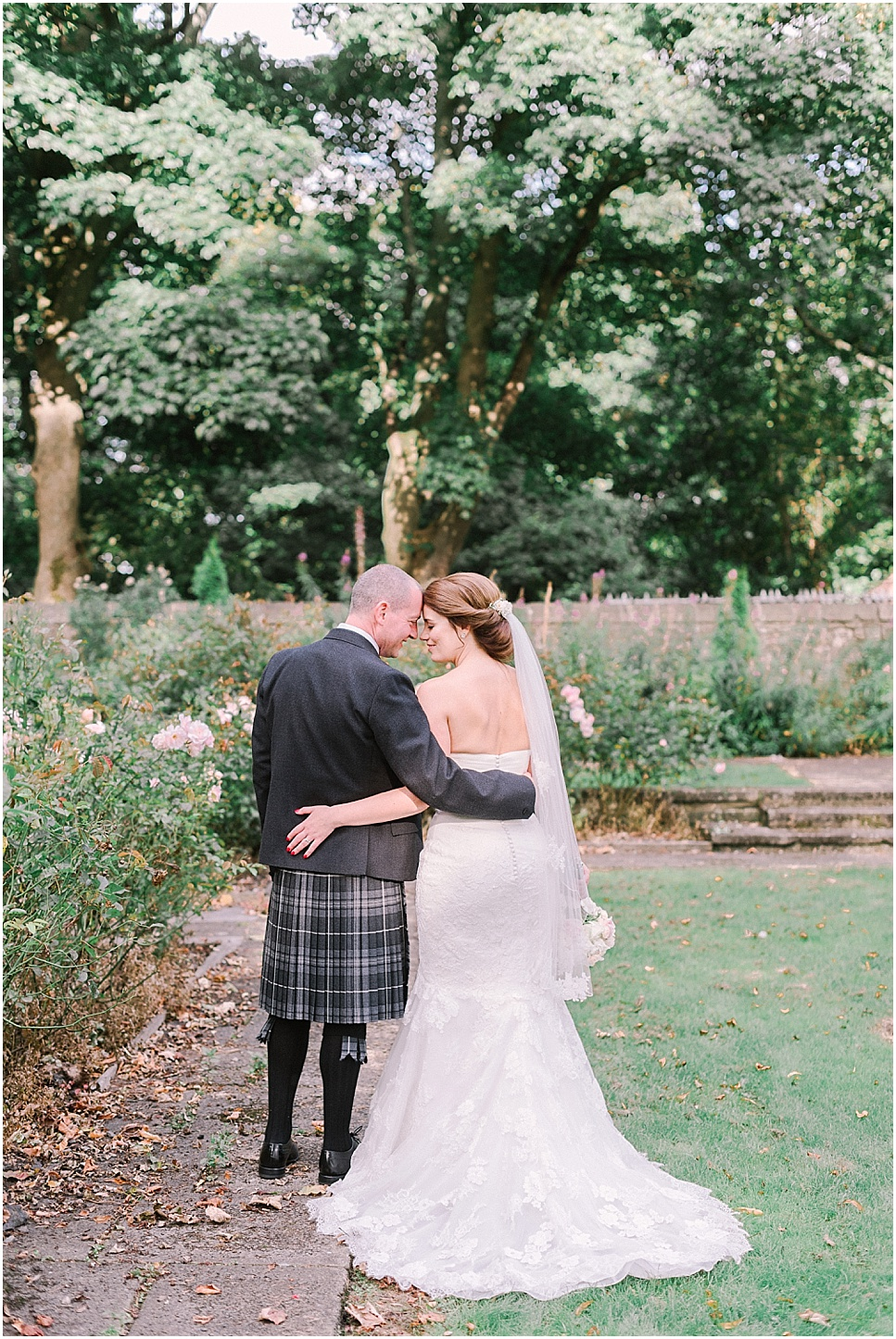 mareikemurray_wedding_photography_linlithgow_burgh_halls_001.jpg