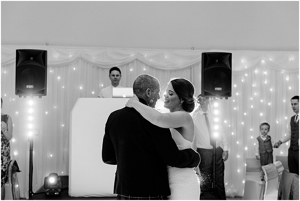 mareikemurray_wedding_photography_linlithgow_burgh_halls_075.jpg