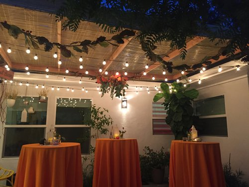 Beautiful Sukkah in Mid-City LA thanks @intro_to_judaism #JewishFoodieForever