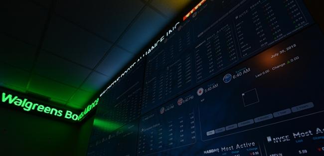 tradingroom.jpg