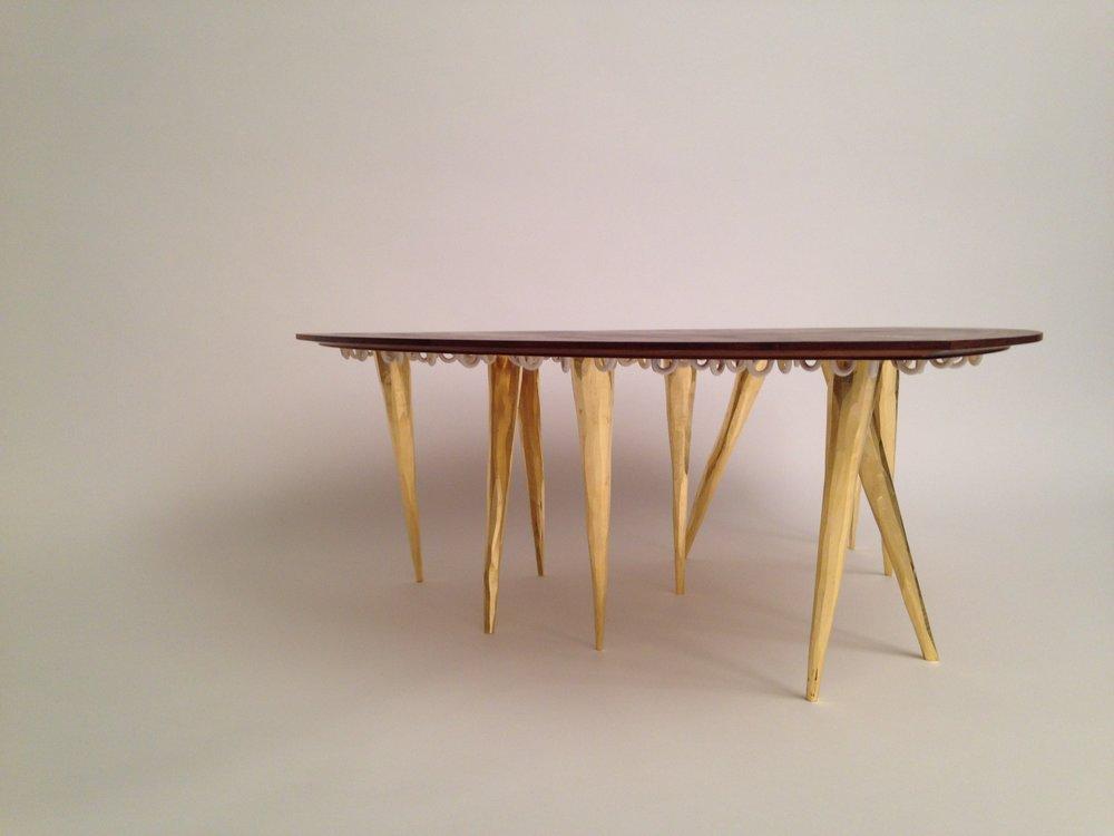 REULEAUX'S GUEST COCKTAIL TABLE