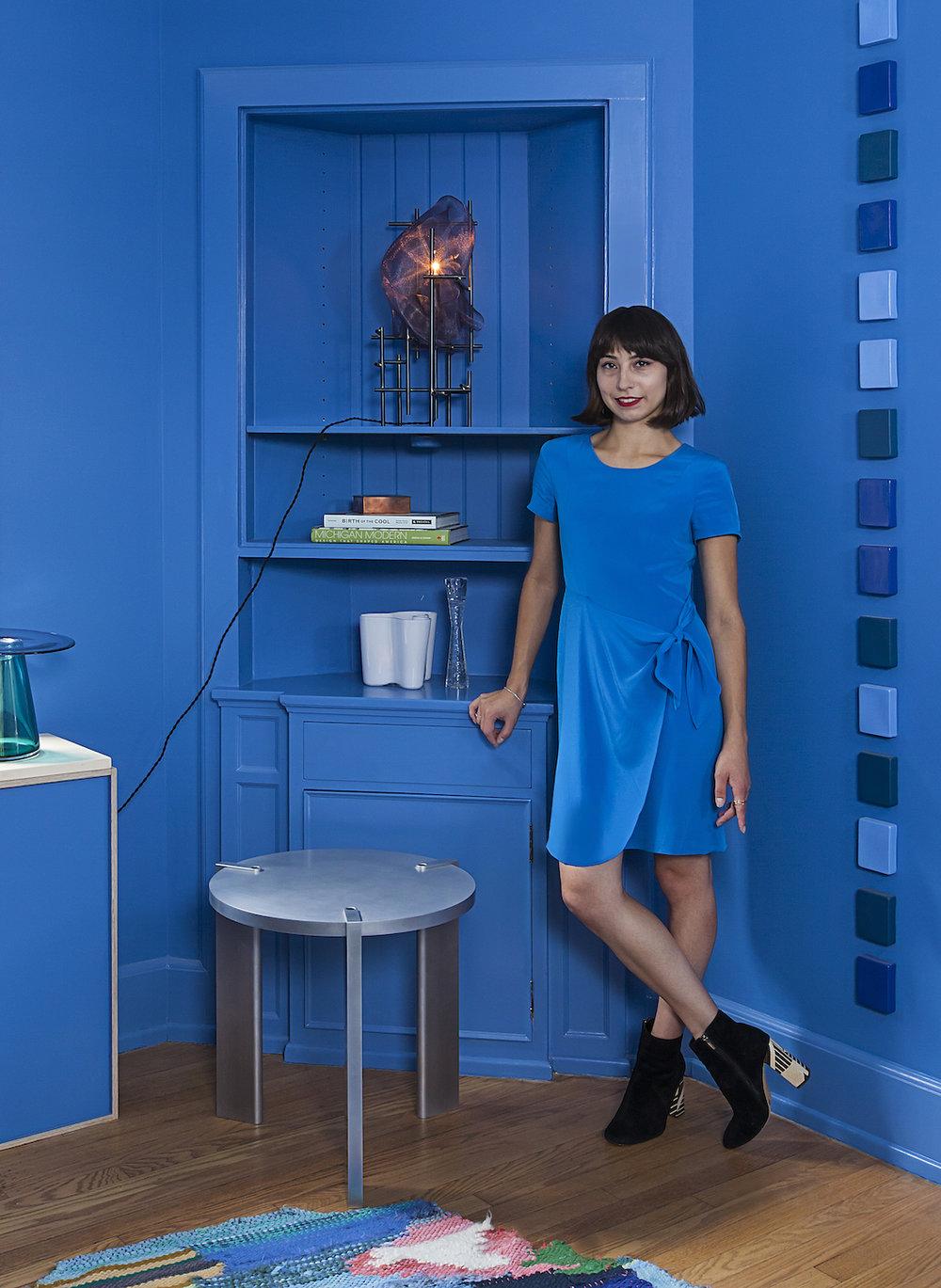 iweiss in blue room small.jpeg