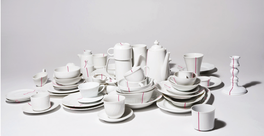 Fig 1. Bormann Anna,  Reline Tableware  2010. Recycled crockery.   As discussed in the paper, Bormann creates a cohesive tableware set from reclaimed, mismatched crockery with just the addition of a simple coloured line.