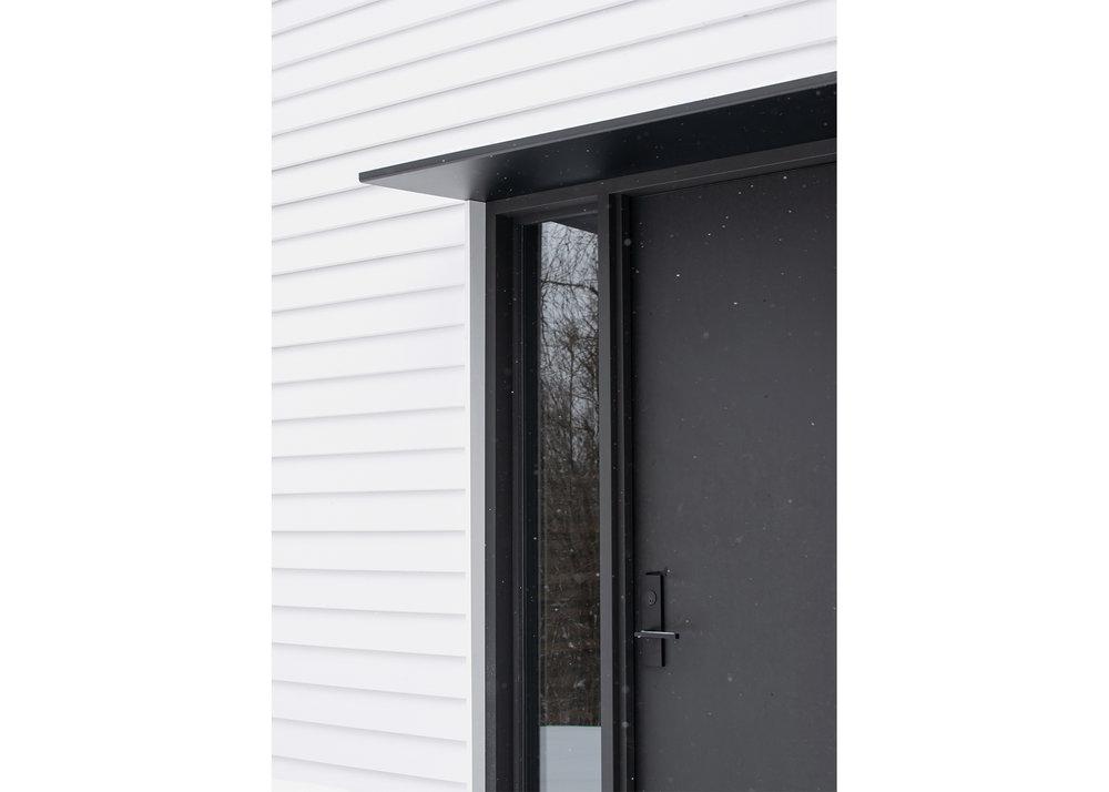 27 CountyLineHouse - Exrterior Door Detail WEB.jpg
