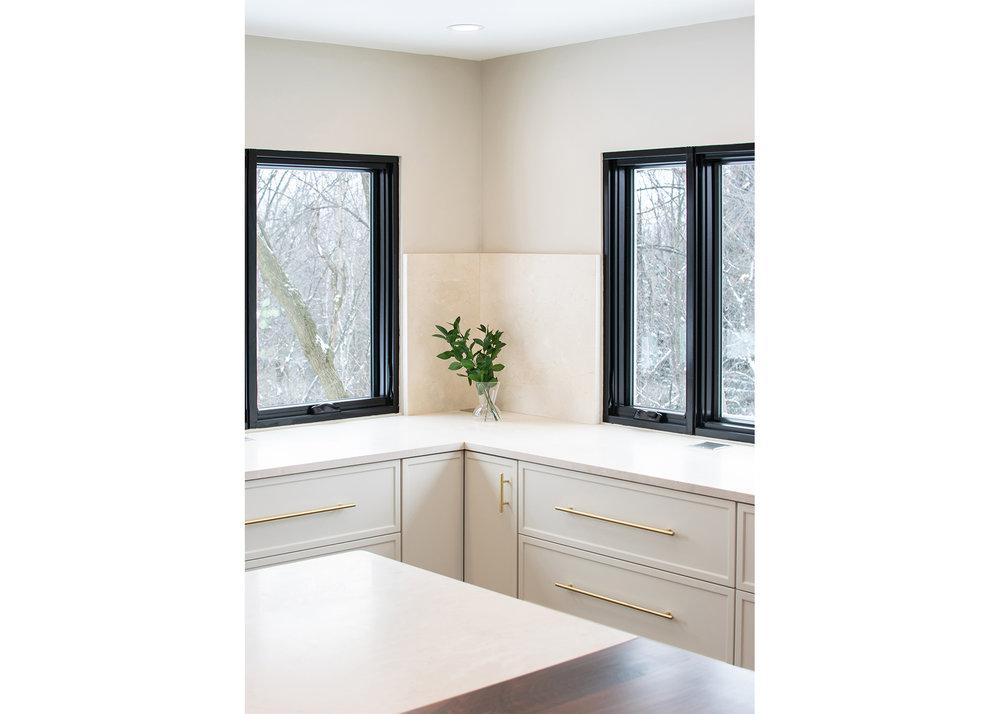 17 CountyLineHouse - Kitchen Corner Detail WEB.jpg