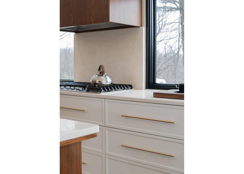 18 CountyLineHouse - Kitchen Cooktop Detail WEB.jpg