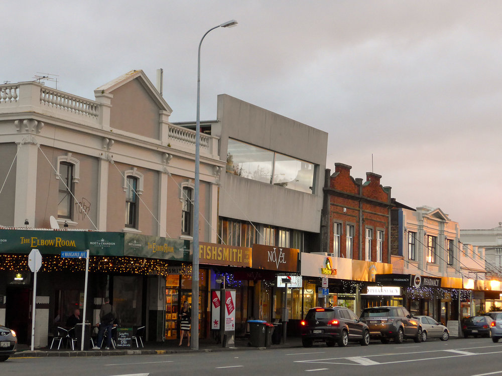 auckland_city_street