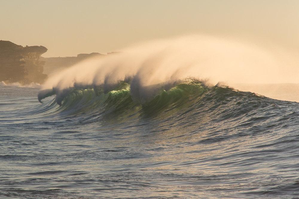 ocean_wave_sunrise