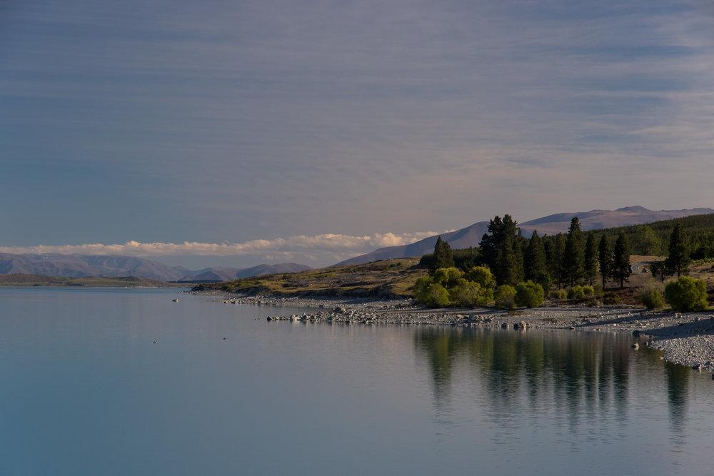 glaciallake_newzealand_dusk