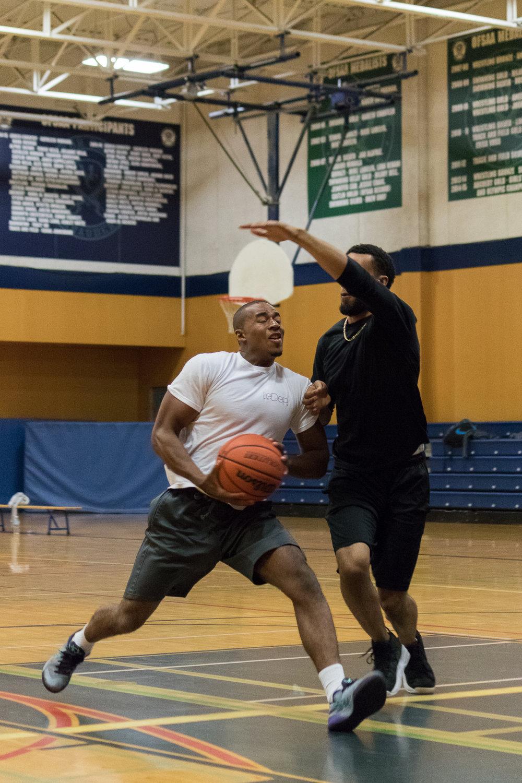 basketball_oneonone_male.JPG