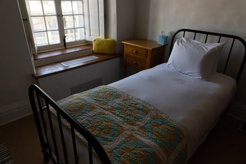 quebec_monastery_hotelroom-1.JPG