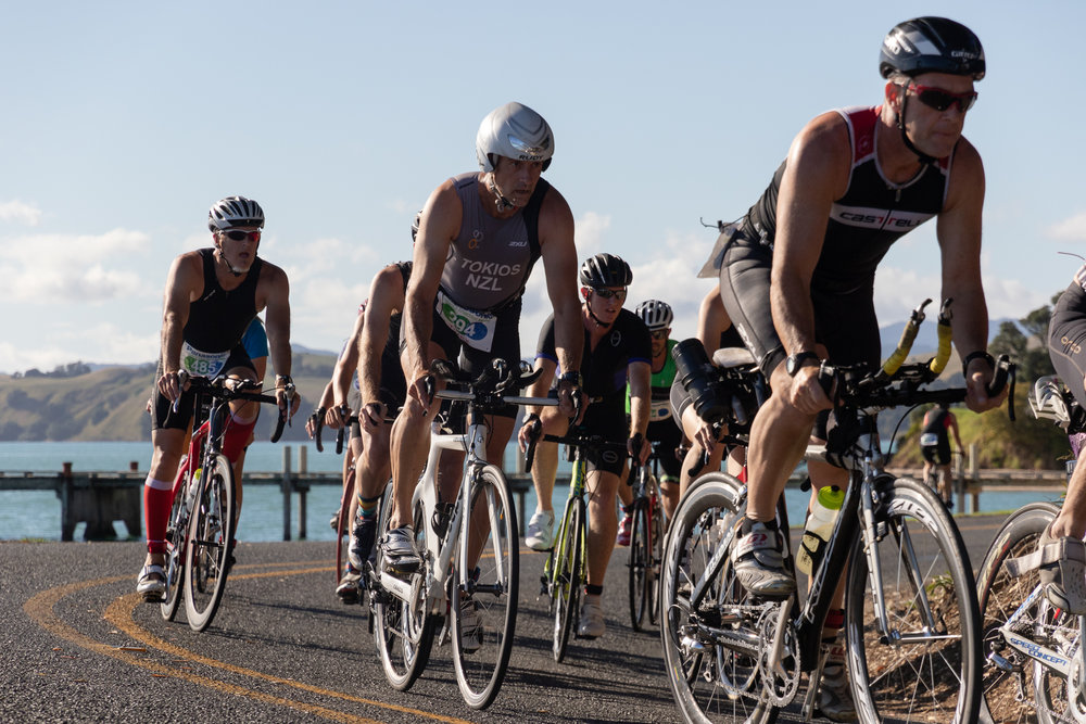 newzealand_triathlon_cyclists.JPG
