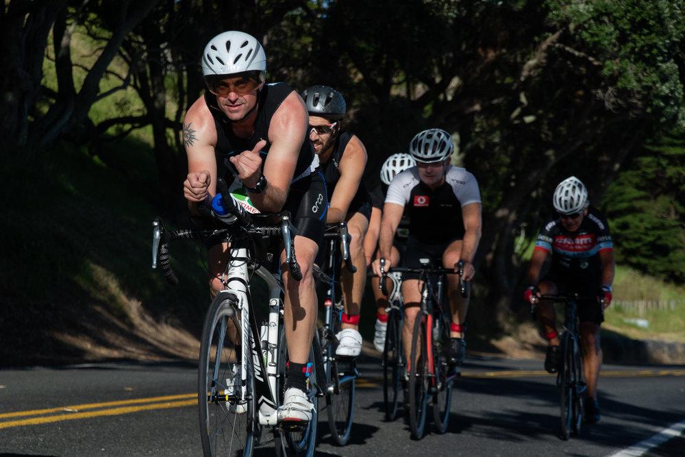 newzealand_triathlon_cyclist