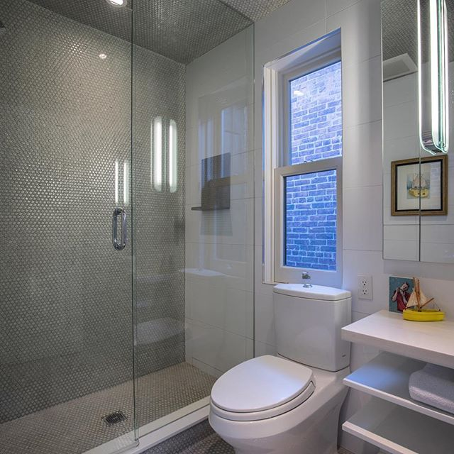 Loving this bathroom design #interiordesign #architecturelovers #realestate photo by the @listeddigitals team. #kcrealestate