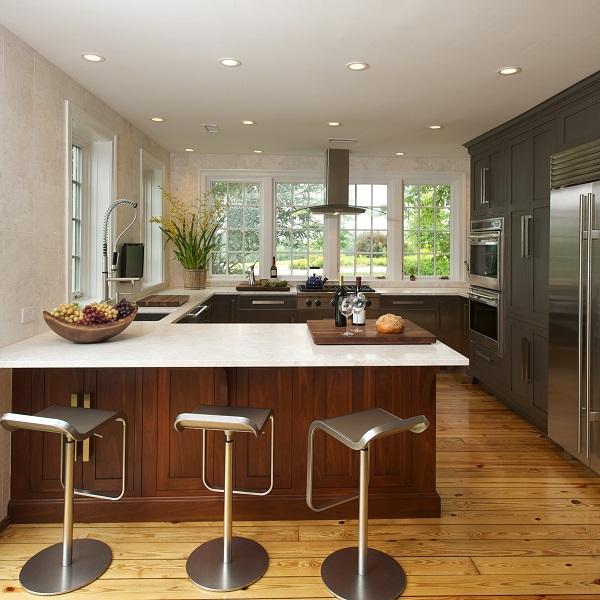 Landenber Kitchen pennisula Squared MOBAC 200 pixels 2 5 18 11.jpg