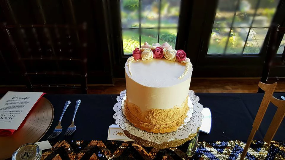 Butter Cream Flowers Wedding Cake