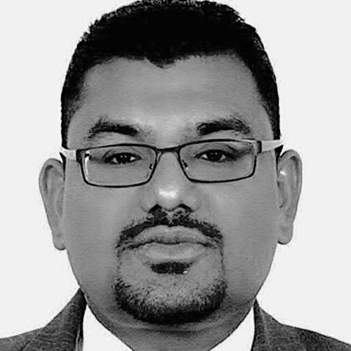 Shaik Hamdan, Sales Director, Qlikchain UAE - Based out of Abu Dhabi Hamdan is the Sales Leader and Director of Qlikchain UAE, our company based in Abu Dhabi Masdar Free Zone. Shaik has been the CEO of Next IT Systems and and is one of the earliest IT entrepreneurs in UAE with great reach and control of the market.