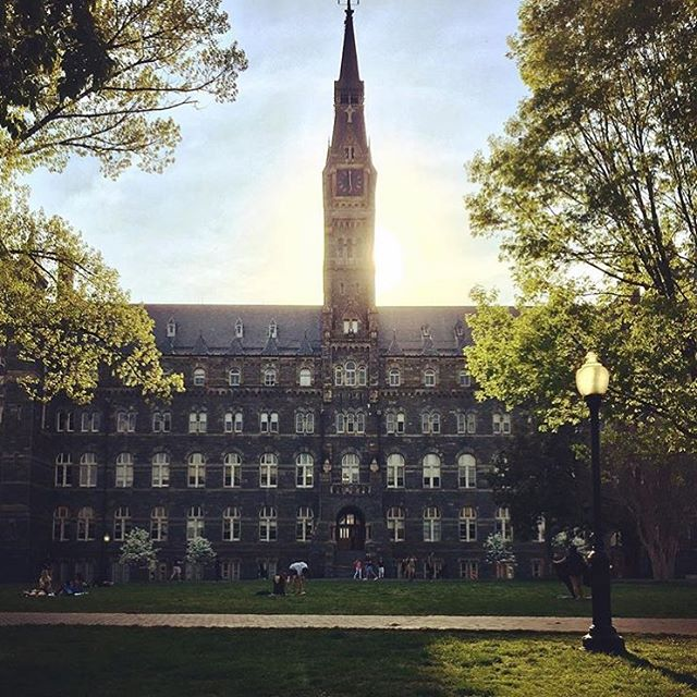 The sun has officially set on another amazing year on the Hilltop! Hoping all our Hoyas have an amazing summer, and we can't wait to welcome the class of 2022 this August! #HoyaSaxa