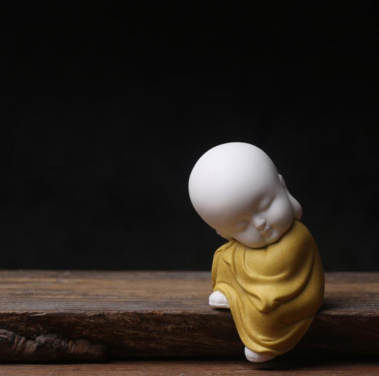 Yellow Buddha01.jpg