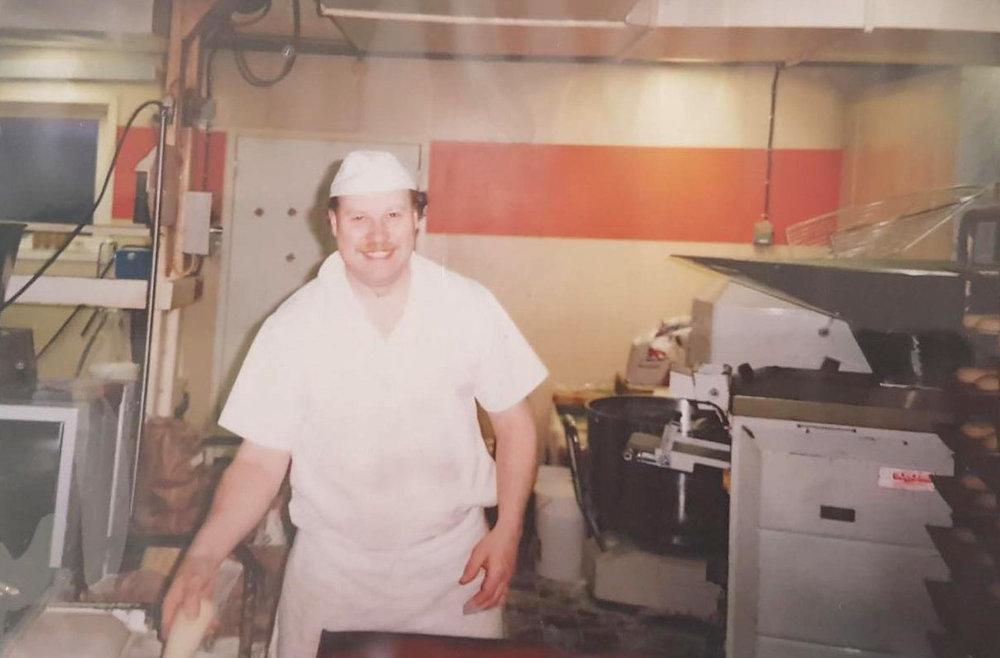 Per-Erik i bageriet.