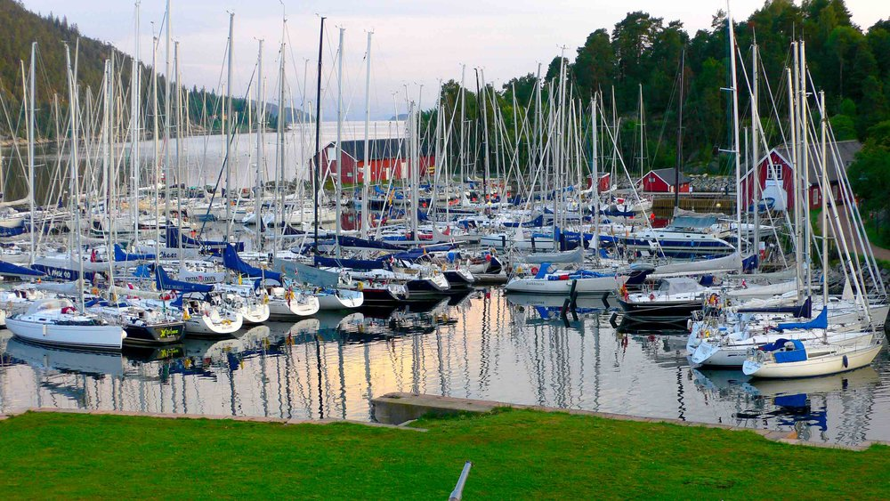Strength in numbers. Oscarsborg Guest Harbour,Norway. Photo by: Daniel Novello