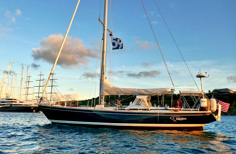 The utter beauty of Olin Stephens lines combined with craftsmanship from Nautor. The Swan 48 Isbjörn. Photo:   59º North