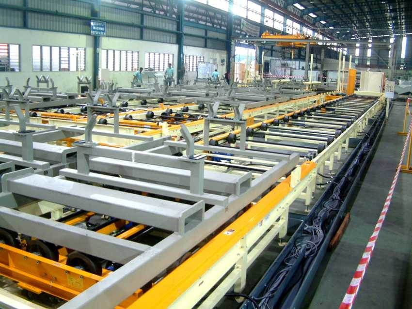 2003 frame welding line.jpg