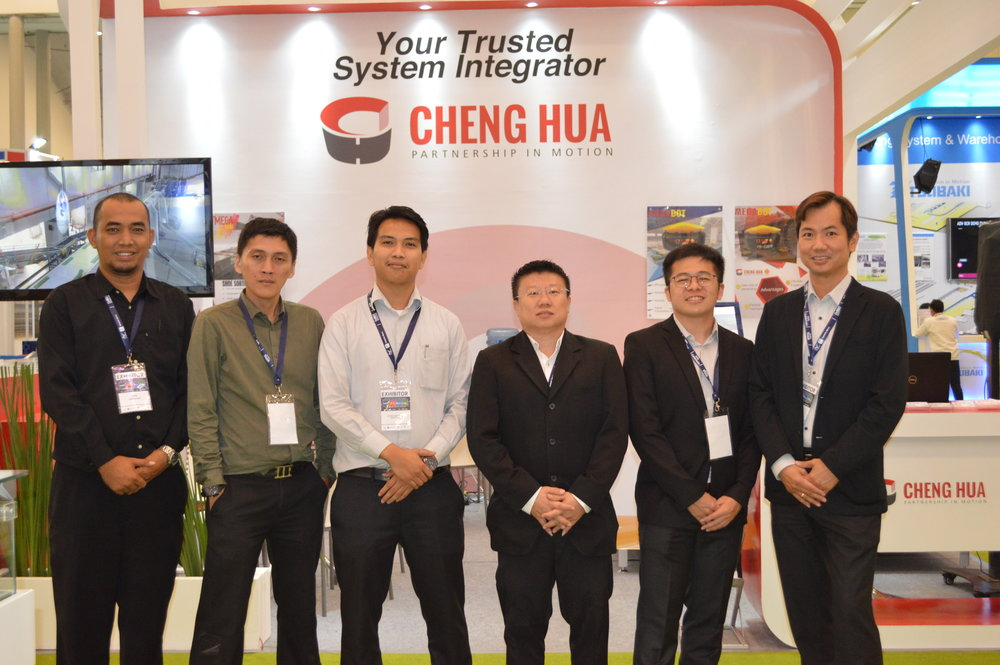 The exhibition is held on the 2nd to 6th of May 2018 at Indonesia Convention Exhibition (ICE) BSD City, Tangerang consisting of CeMat Southeast Asia 2018, IndoTransLog, IndoColdChain, and IndoTruck. The development of e-commerce in Indonesia has been growing rapidly than ever before. Indonesia has been selected as one of the countries with high growth e-commerce industry potential with shed focus on intra-logistics, external logistics and cold chain industries.     Cheng Hua had participated Indonesia CeMAT South East Asia as ASEAN top leading material handling systems integrator. During the exhibition on 02 May 2018 to 06 May 2018, Cheng Hua had successfully showcased two products: Megabot and Megasort Shoe Sorter.